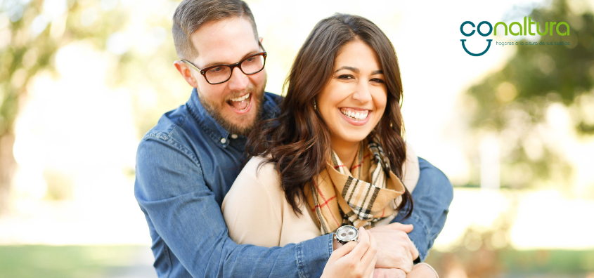 parejas-jovenes-comprar-vivienda.png